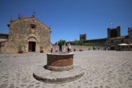 Dentro le mura di Monteriggioni